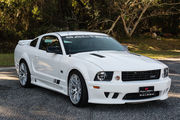 2005 Ford Mustang GT Coupe 2-Door